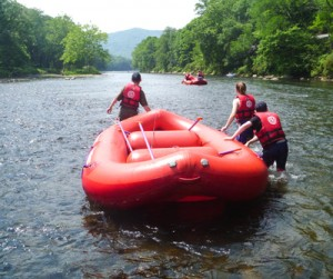 youth-group-rafting